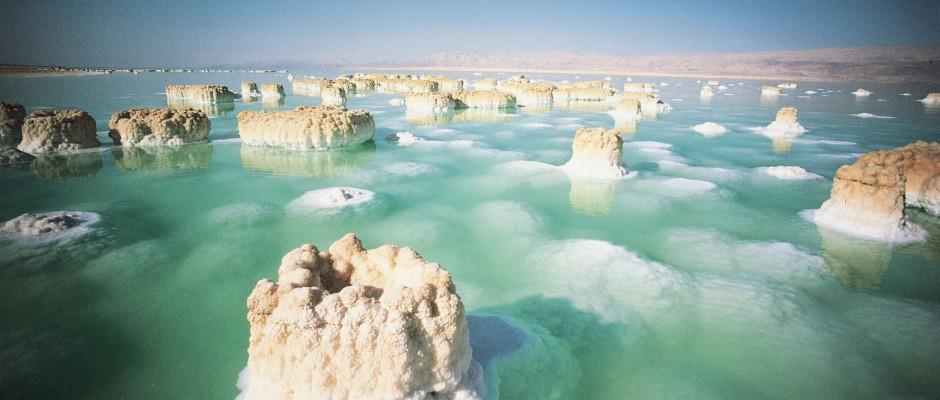 Dead-Sea-Israel-Jordan-Palestine-wallpaper-940x400